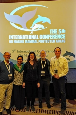 Giuseppe Notarbartolo di Sciara, Dipani Sutaria, Nadja Hohenadl, Erich Hoyt und John Day auf der 5. int Conference on Marine Mammal Protected Areas.