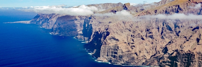 Küstenlinie von Teneriffa beim Teno-Rasca Walschutzgebiet.