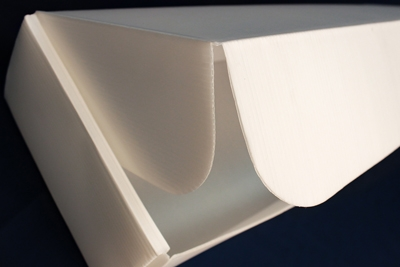 Transportbox mit Hohlkammerstegplatten aus Biokunststoff.
